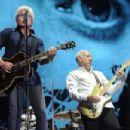 The Who live Festival d'Été de Québec on July 13, 2017 - 454 x 302