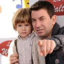 Arturo Valls with son - 360 x 540