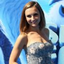 Rachael Leigh Cook – 'Smallfoot' Premiere in Los Angeles - 454 x 637