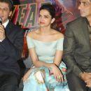 Deepika Padukon and Shah Rukh Khan at the launch of a new song 'Sharabi' - 454 x 576
