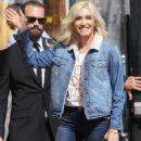 Gwen Stefani – Arriving at Jimmy Kimmel Live! in LA - 454 x 681