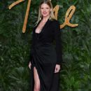 Lara Stone – 2018 British Fashion Awards in London - 454 x 681