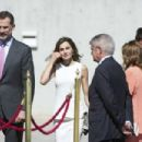 King Felipe and Queen Letizia  at the Barajas Airport - 454 x 302