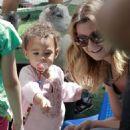 Ellen Pompeo & Stella: Petting Zoo Pals