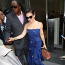 Alyssa Milano – Leaves her hotel in New York City - 454 x 590