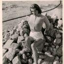 Rosemarie Stack - 454 x 559