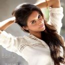 Asin Thottumkal photoshoots for Filmfare June - July 2013 - 454 x 623
