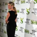 "Cameron Diaz Poses For Photographers As She Arrives At The Premiere Of ""Shrek Forever After"" In New York, April 21 2010"