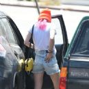 Bella Thorne in Denim Shorts out in Los Angeles - 454 x 734