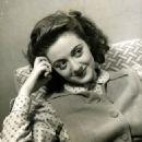 Lana Morris - 454 x 585