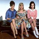 Gila Golan, Leslie Parrish, Mary Ann Mobley - 454 x 371