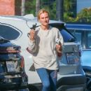 Diane Kruger – Out with her baby at a park in Los Angeles - 454 x 681