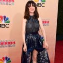Carice Van Houten At The 2015 iHeartRadio Music Awards On NBC - Arrivals - 395 x 600