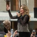 Shania Twain – Performs on NBC Today Show Summer Concert Series in NY - 454 x 399