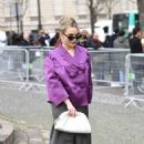 Victoria Pedretti – Arriving at the Miu Miu Show in Paris