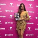 Cynthia Olavarría- 'Premios Tu Mundo' Awards 2015 - 454 x 605