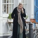Kate Moss out in North London - 454 x 608