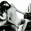 Editorial in the April 2006 issue of Flair magazine with Flavia Oliveira.