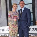 Luke Evans- September 20, 2016- The Girl on the Train World Premiere - 259 x 400
