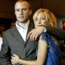Heath Ledger and Kate Hudson at a premiere for The Four Feathers