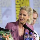 Jenna Elfman – 'Fear the Walking Dead' Panel at Comic Con San Diego 2019 - 454 x 302