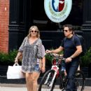Christine Taylor and Ben Stiller – Out in New York City - 454 x 583