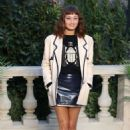 Ella Purnell attends the Chanel Haute Couture Spring Summer 2019 show as part of Paris Fashion Week on January 22, 2019 in Paris, France - 454 x 681