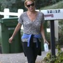 'The Walking Dead' actress Laurie Holden spotted out for a walk with a mystery man in Studio City, California on December 29, 2013 - 396 x 594