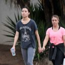 Miranda Cosgrove – Make up free with a friend in Los Angeles