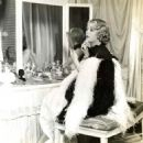Dorothy Dell - 454 x 557