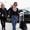 Frances Bean Cobain – Arrives at LAX International Airport in LA - 454 x 634