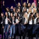 Victoria's Secret Fashion Show 2017 - All Model Appearance at Mercedes-Benz Arena - 454 x 302