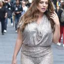 Kelly Brook – Arrives at Global Radio in London - 454 x 1037
