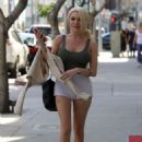 Courtney Stodden in Shorts Out in Beverly Hills - 454 x 675