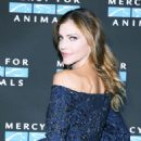 Tricia Helfer – 2017 Mercy For Animals Annual Hidden Heroes Gala in Los Angeles - 454 x 604