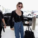 Frances Bean Cobain – Arrives at LAX International Airport in LA - 454 x 644