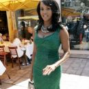 Vivica Fox - Shopping At The H.Lorenzo Boutique On Sunset Boulevard In West Hollywood, 19.08.2008.