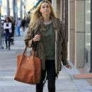 Whitney Port is spotted out running errands in Beverly Hills, California on January 7, 2016 - 404 x 600