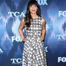 Hannah Simone – FOX Winter TCA All Star Party in Pasadena, CA 01/11/ 2017 - 454 x 735