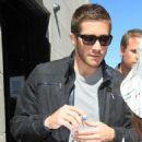 Jake Gyllenhaal: North of the Border Beefcake