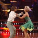 Dancing with the Stars (2005) - 267 x 400