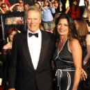 Clint Eastwood and Dina Eastwood - 413 x 594