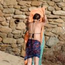 Kate Hudson in Bikini at the beach in Skiathos - 454 x 619