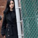 Krysten Ritter and Rachel Taylor – On set of 'Jessica Jones' in New York - 454 x 954
