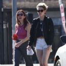 Kristen Stewart and Sarah Dinkin – Out for lunch in Los Angeles