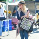 Jessica Collins – Seen at Farmer's Market in Los Angeles - 454 x 652