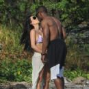 Kim Kardashian - On Vacation In Costa Rica - March 6, 2010 - 454 x 477