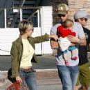 Chris Hemsworth and Elsa Pataky showed up at Taverna Tony restaurant in Malibu last night (April 4)
