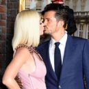 Katy Perry and Orlando Bloom – 'Carnival Row' premiere photocall in Los Angeles - 454 x 578