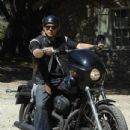 Sons of Anarchy (2008) - 434 x 653